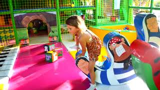 Влог День Рождения парк, развлечения аттракционы, лабиринт