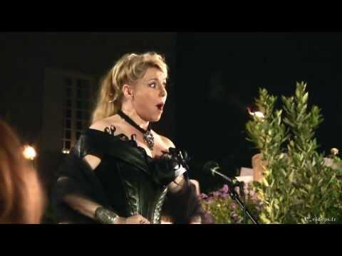 Elizabeth Vidal 'La Reine de la nuit' Mozart