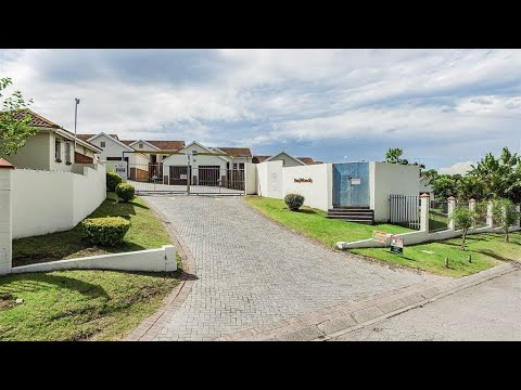 2 Bedroom Townhouse for sale in Eastern Cape | East London To The Wild Coast | East Lon |