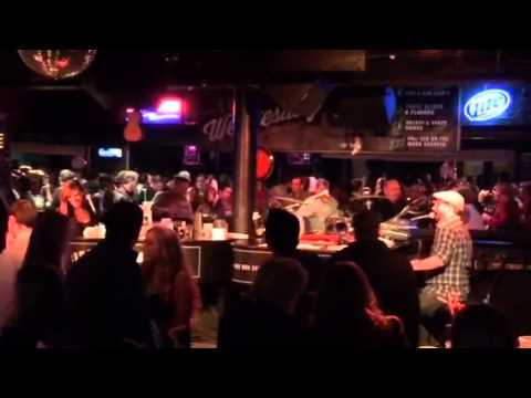Chicago Nightlife - Howl At The Moon