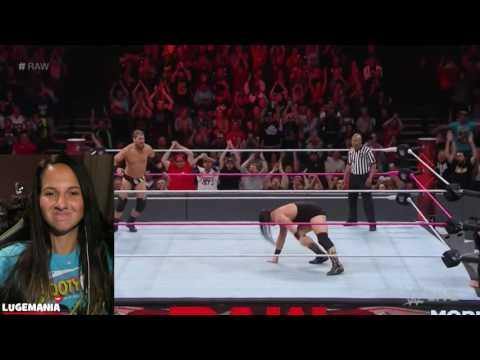 WWE Raw 10/24/16 Bo Dallas vs Curtis Axel
