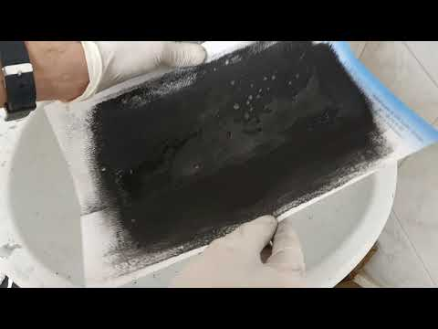 Conductive ink made from waste plastic