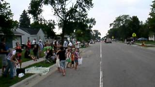 Sinclair Lewis Days Parade - Near The Route's End