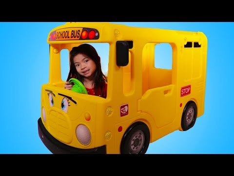 Emma and The School Bus a Fun Pretend Play Story