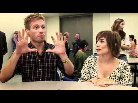 Barrett Foa and Renée Felice Smith NCIS: LA ComicCon 2011
