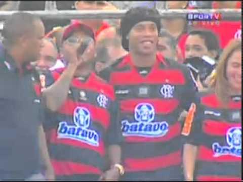 Apresentação de Ronaldinho no Flamengo COMPLETA