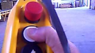 Беспроводной пульт управления  кран-балкой.AVI(Ручные беспроводные пульты управления кранами, кран-балками.4-х, 6-ти, 7-ми кнопочные пульты. Управляют на..., 2011-07-04T15:06:59.000Z)