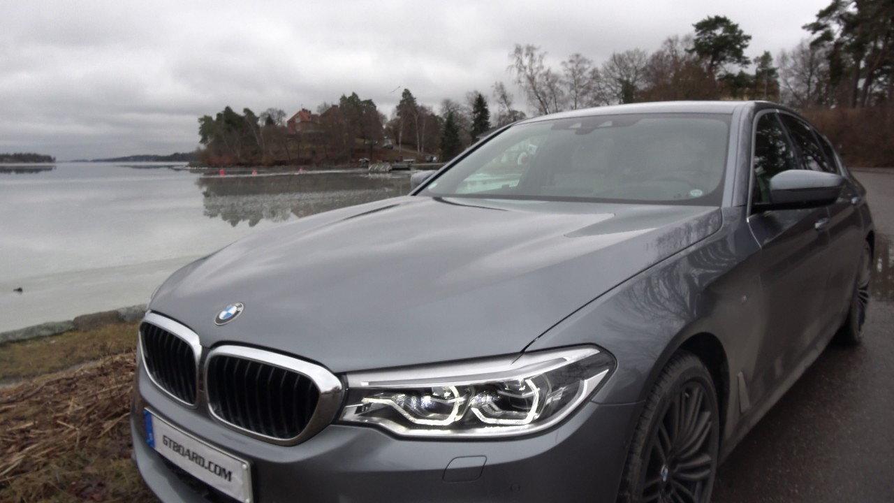 4k G30 Bmw 540i Xdrive Lights On Exterior View Colour Is