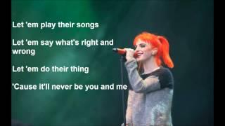 Paramore Moving On Lyrics