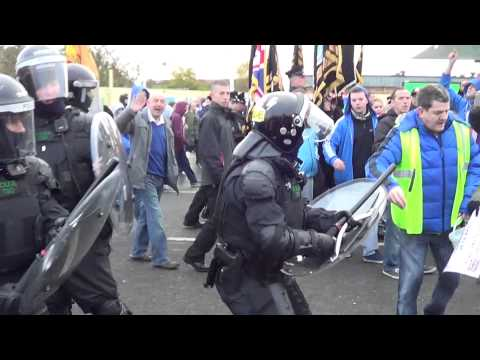 PSNI Try To Stop A Legal Parade 30/11/13