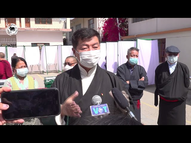 Sikyong speaks to the press