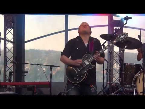 20. Jimmy Bowskill - Far from reality - Bluesmoosefest Groesbeek 28 april 2013