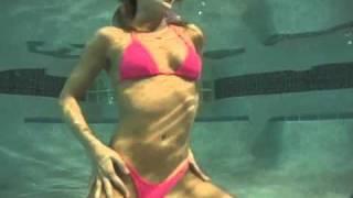 Repeat youtube video BIKINI SWIMSUIT SEXY UNDERWATER PHOTO SHOOT