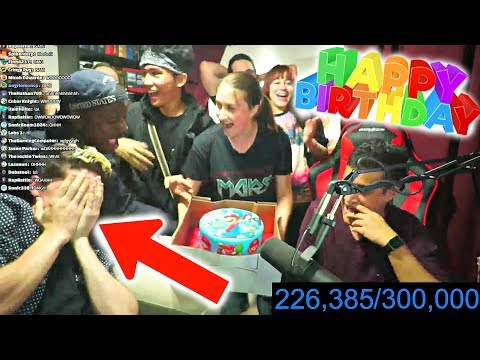 They SURPRISED ME During My Birthday Livestream!!🎉🎁