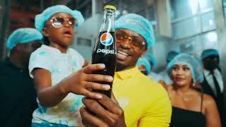 Diamond Platnumz and his family at the Pepsi Headquarters Dar es salaam