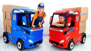 Vlad y Nikita fingen jugar con Trucks para niños