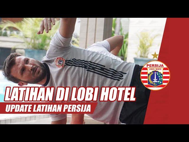 Recovery Training Persija Jakarta di Lobby Hotel Jelang Laga Perempat Final Piala Menpora 2021