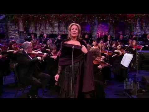 Renée Fleming and the Mormon Tabernacle Choir - Christmas Glow