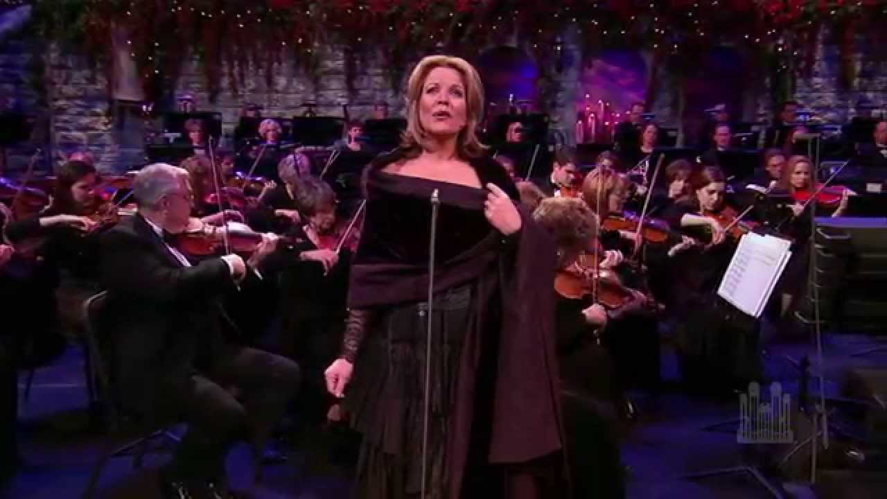Renée Fleming and the Mormon Tabernacle Choir - Christmas Glow - YouTube
