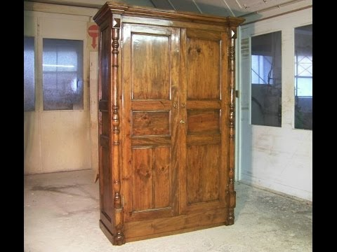 Decapar muebles con pintura o barnices doovi for Como barnizar un mueble ya barnizado