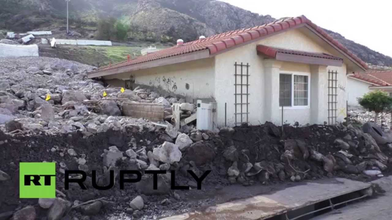 Usa huge mudslide buries homes in southern california for Southern california custom home builders