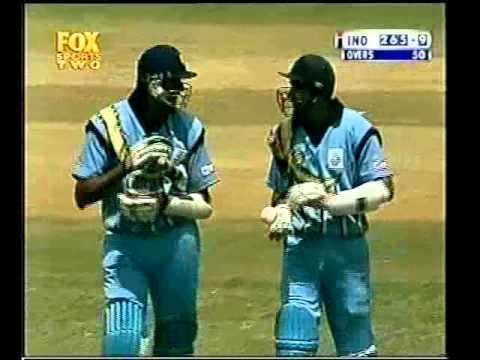 Venkatesh Prasad SIX vs Australia 2000