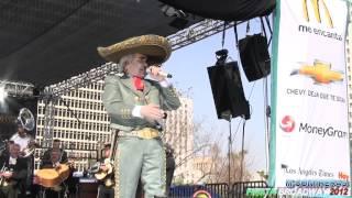 Gilberto Gless-Imita a Vicente fernandez