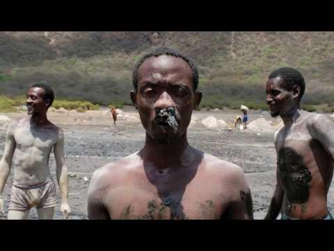 Borana tribe collecting salt in El Sod Volcano, south Ethiopia - Eric Lafforgue