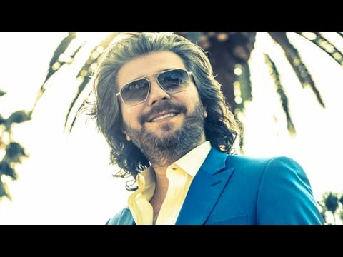 """Mansour - """"Ahay Divooneh"""" OFFICIAL VIDEO"""