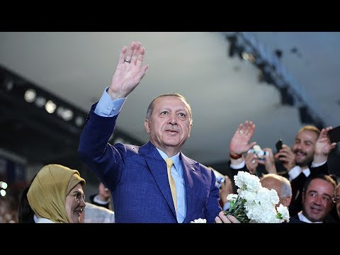 Cumhurbaşkanı Erdoğan, AK Parti 3. Olağanüstü Büyük Kongresi'nde konuştu