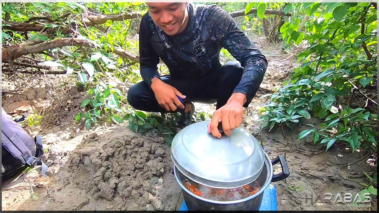 EP389-Part2 - Land Crab Hunting   Catch and Wild Cook   Occ. Mindoro