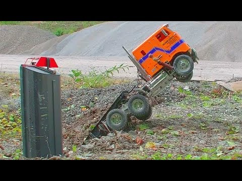 HEAVY RC TRUCK ACCIDENT! BIG TIPPER FAIL! RC CRASH ON THE CONSTRUCTION SITE! RC LIVE ACTION