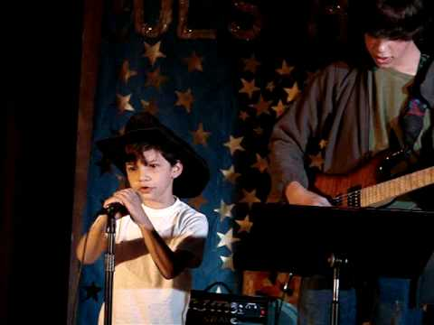 Young Brad Paisley - Born on Christmas Day - YouTube