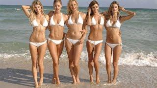 Приколы!  Девушки на пляже.