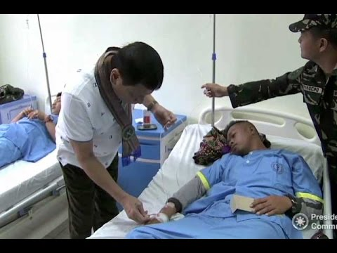 Duterte visits wounded soldiers in Sulu
