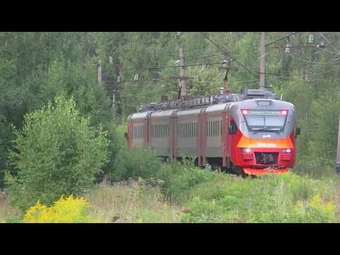 Электропоезд ЭП3Д-0039 платформа Большая Ельня 30.07.2019