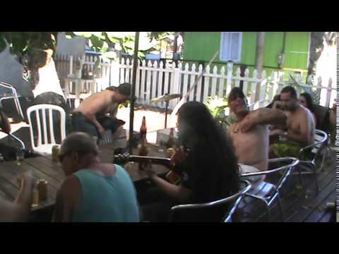 The Revenge Acústico Ramones - I Believe in Miracles(Cover)