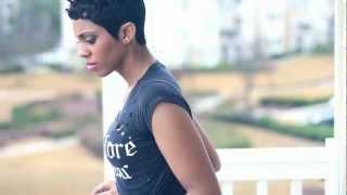 Baixar Rihanna - Stay ft. Mikky Ekko (Official Music Video) by @JadeNovah