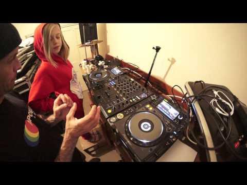 DJ MIXING LESSON 4 FOR SUPER PINK ZEBRA GIRL