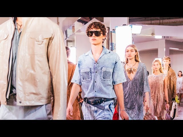BOTTEGA VENETA WOMEN'S AND MEN'S SPRING / SUMMER 2018 SHOW