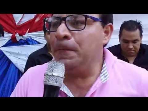 RADIO ARANDUKA ENTREGA LIBROS Y EQUIPOS INFORMÁTICOS
