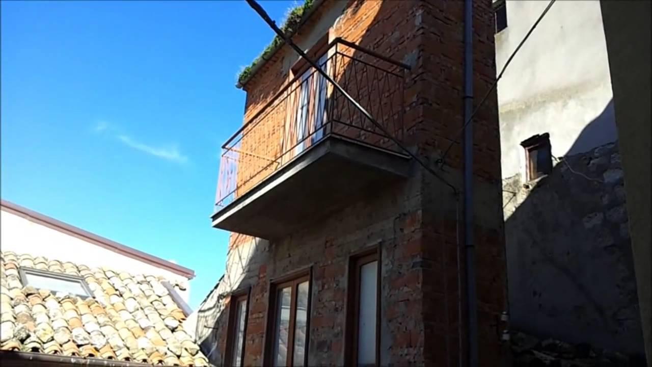 Petralia sottana qui la casa pi piccola del mondo youtube - La casa piu costosa del mondo ...