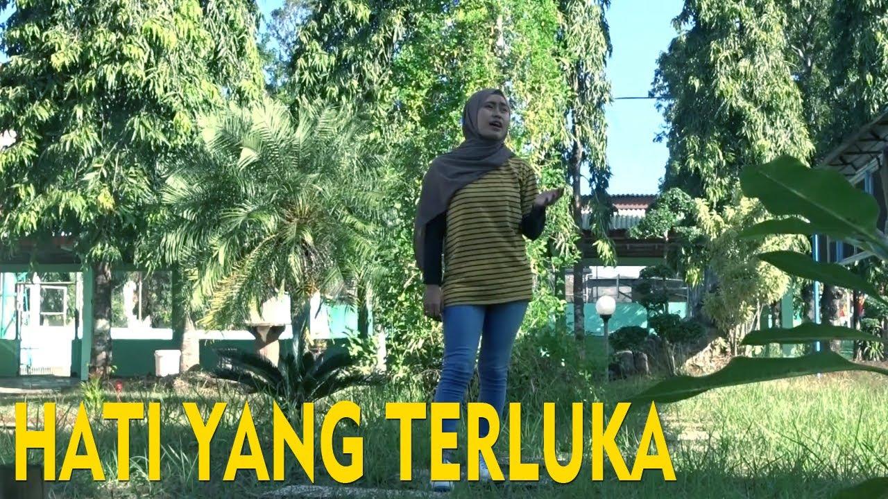 D'Paspor - Hati Yang Terluka (Official Music Video)