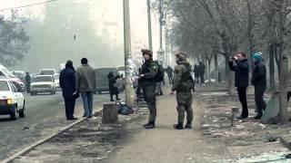 Артиллерийский обстрел Мариуполя 24 января 2015 года (сборное видео)(В субботу, 24 января, окраины Мариуполя находились под артиллерийским огнем. Обстреливались восточные окраи..., 2015-01-26T13:07:40.000Z)