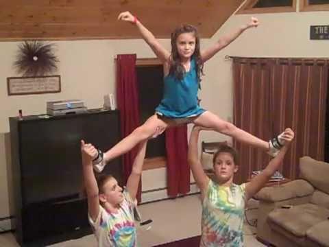 stunts cheer poses yoga cheerleading gymnastics easy acro tricks challenge moves dance stunt cheerleader friends friend straddle partner youth camp