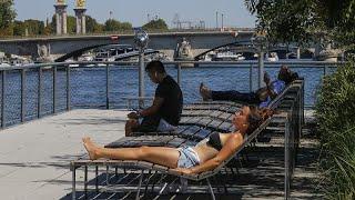 La capital francesa impone el uso de la mascarilla en ciertas zonas concurridas desde el lunes