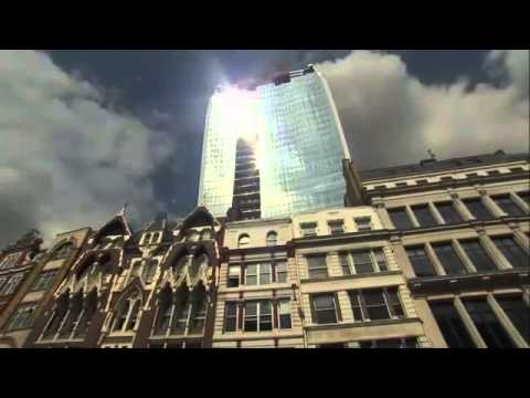 Walkie-Talkie: 'Hot Property' in London Fries An Egg