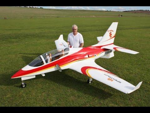 HUGE XXL RC VIPER JET PARITECH MAIDEN FLIGHT TEST FLOWN BY ALI MACHINCHY  - TASTER !