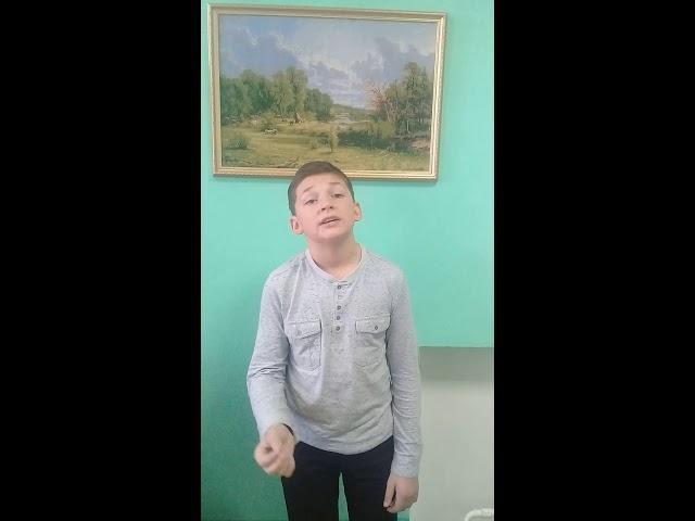 Изображение предпросмотра прочтения – ВячеславБурлуцкий читает произведение «Привыкайте счастливыми быть...» И.А.Самариной