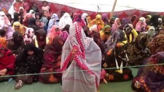 موريتانية تتلو القرآن تلاوة رائعة